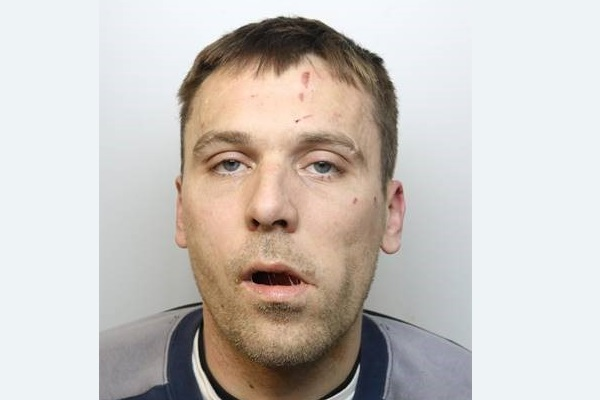Man wanted for burglary offences could be in St George